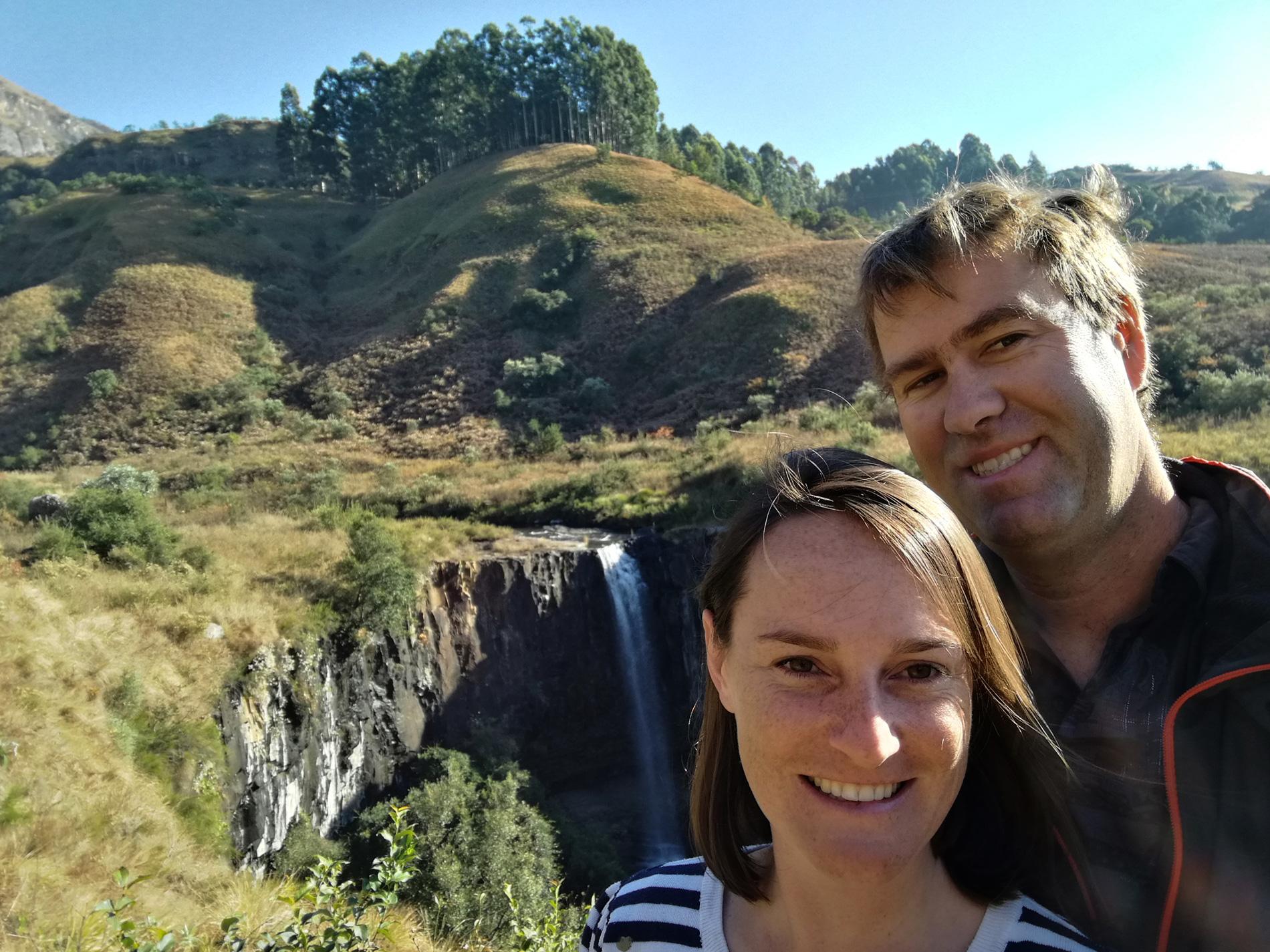 drakensberg-couple